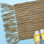 This crochet jute doormat has amazing texture and durability. Using only the half double crochet stitch, this is a good project for even if new to crochet.