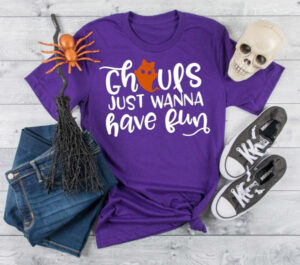 Check out over 20 links for amazing and totally free Halloween SVG files perfect for tees, totes, and so much more!