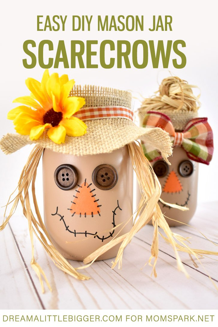 These mason jar scarecrows are so adorable and yet incredibly simple to make! See how cute they are and get our tutorial at Mom Spark!