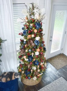 Love all things Bohemian? You're going to just LOVE my boho glam Christmas tree decorated with several homemade boho Christmas ornaments!