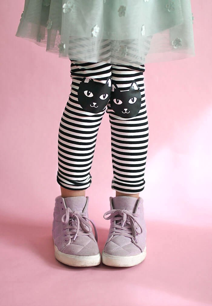 How adorable are these cat-kneed leggings made with stretch heat transfer vinyl by Persia Lou?
