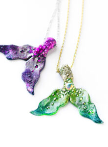 Summertime is the perfect time for all things mermaid! Check out 20+ of our favorite mermaid crafts for adults!