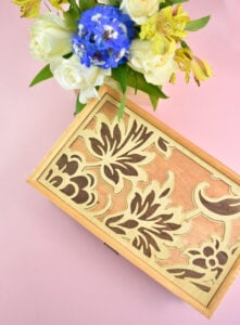 Learn step-by-step how to make a musical jewelry box from a gorgeous veneer inlay to adding the mechanism with a sentimental tune!