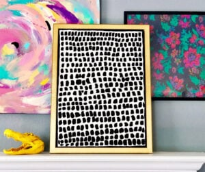 Want to be an artist but not sure how? Check out these pieces of DIY artwork and painting tutorials that will have you feeling artistic in no time!