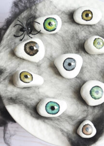Halloween Crafts for Adults - Eyeball Rocks by Making Things is Awesome