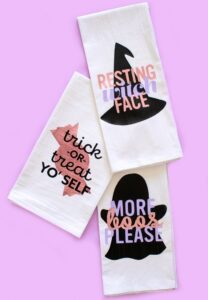 Halloween Crafts for Adults - Punny Dish Towels by Club Crafted