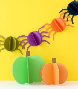Halloween Crafts for Adults - Paper Spiders by White House Crafts